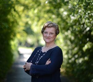 Dr. Gőbel Orsolya - terápia és továbbképzés